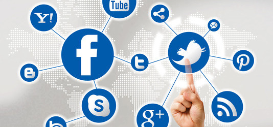 Komunikacja w social media — prowadź ją odpowiednio i przyciągaj kolejnych klientów